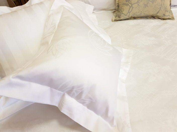 Damast posteljina Fedora i Baronet